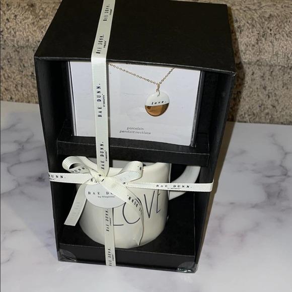 Rae dunn Love Mug and necklace gift set NIB